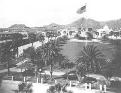 The Plaza in 1925